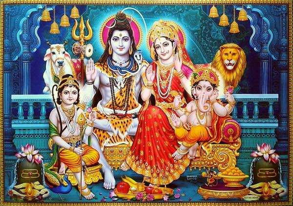 Lord Shiva Family Photos | Lord Shiva Parvati Ganesha Images - Hd Wallpaper of Lord Shiva Family Photos. God Shiva Parvati Mata Ganesha Ji Wallpaper. Bhagwan Shankar Ji with Full Family Devta Images.