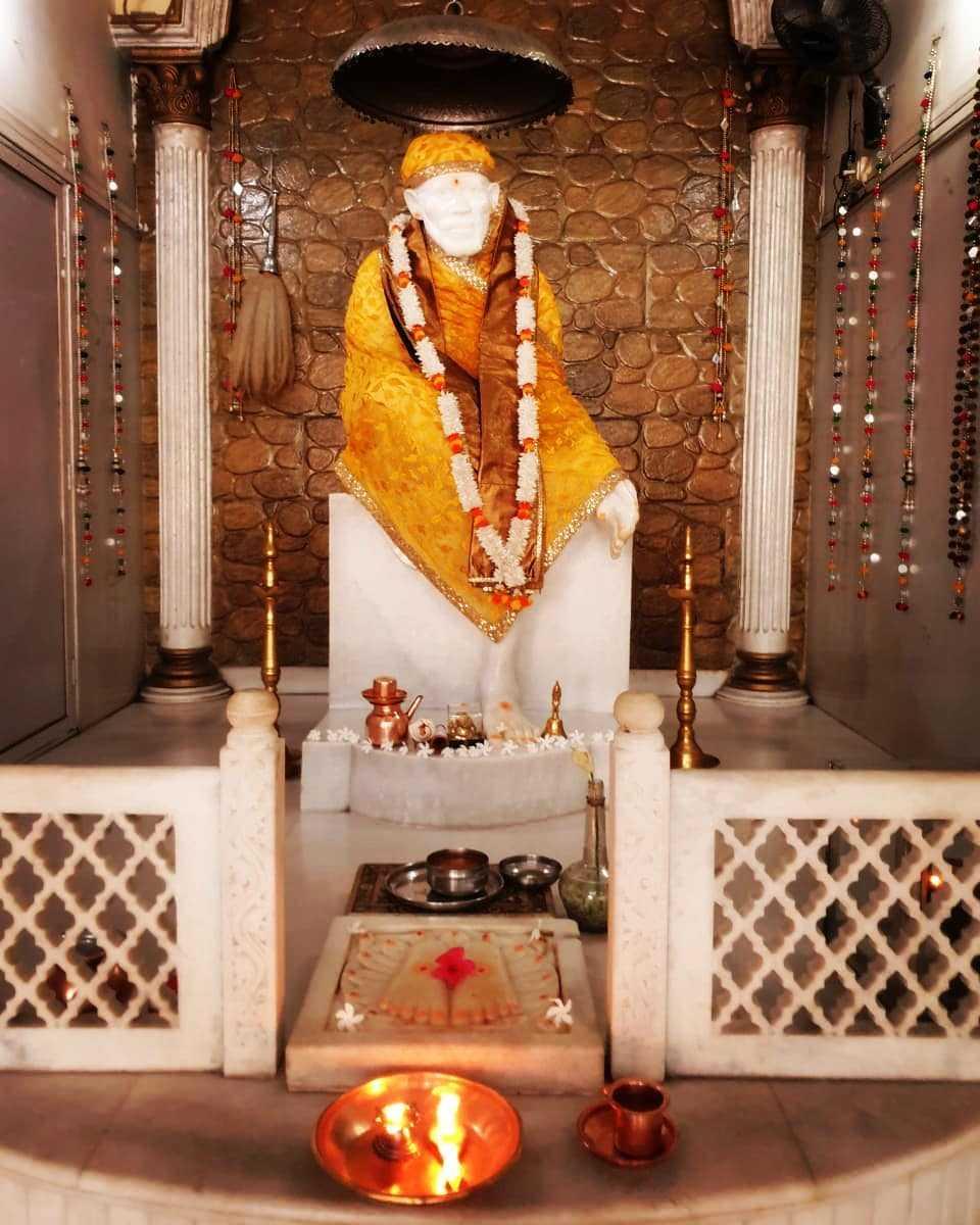 Shrddha Saburi Bhagwan Shirdi Wale Sai Baba Photo - Shrddha Saburi Bhagwan Shirdi Wale Sai Baba Photo